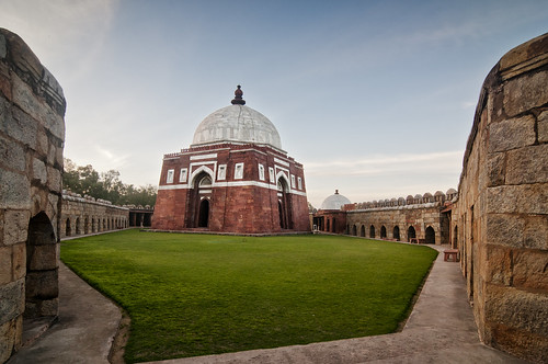 sunset red india grave architecture photography photo day delhi clear mausoleum indie marble anoop indien dynasty inde negi インド tughlaq 印度 tughlaqabad sandsone índia הודו 인도 ezee123 độ intia الهند khilji ấn هندوستان индия індія بھارت индија อินเดีย ינדיאַ ãndia ghiasuddin بھارتấnđộינדיאַ indiã