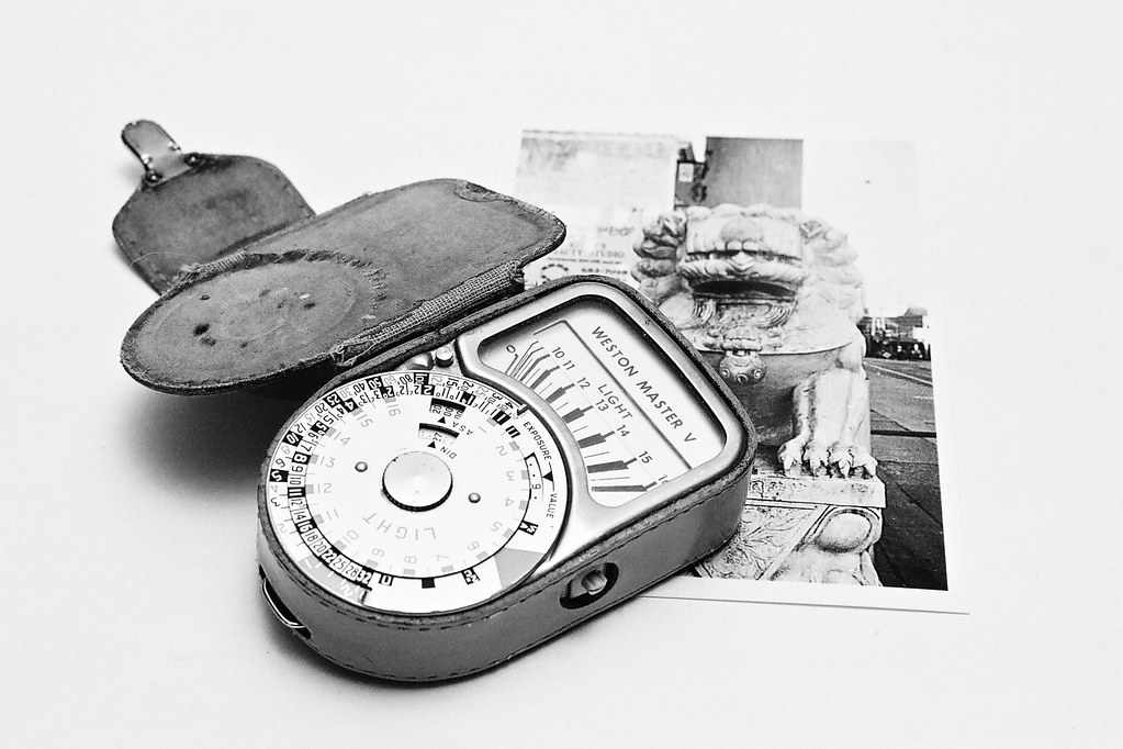 Weston Master V | This old light meter is still fairly accur
