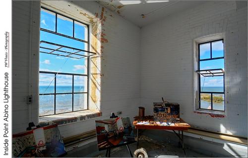 lighthouse pointabino pointabinolighthousepreservationsociety historicsite lakeerie crystalbeach interior opensource hdr luminance rawtherapee gimp nikon d7100 nikkor1224mm