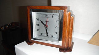 Sterling synchronous clock