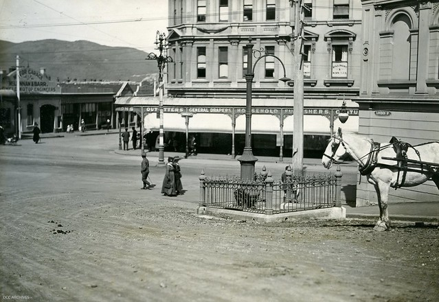 London Street Comfort Station 1919
