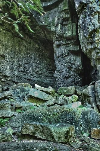 caves lionsheadontario georgianbay fujifinepixx100 brucepenninsula williamscaves