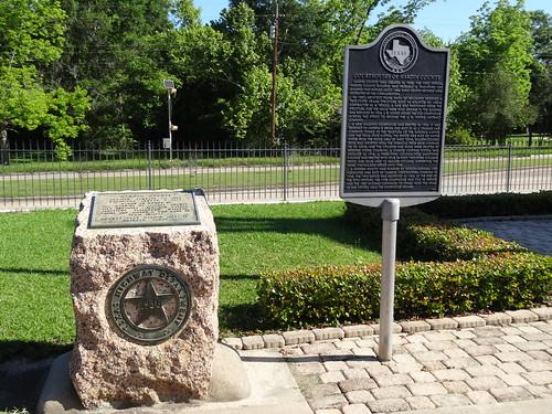 chfstew texas txhardincounty courthouse