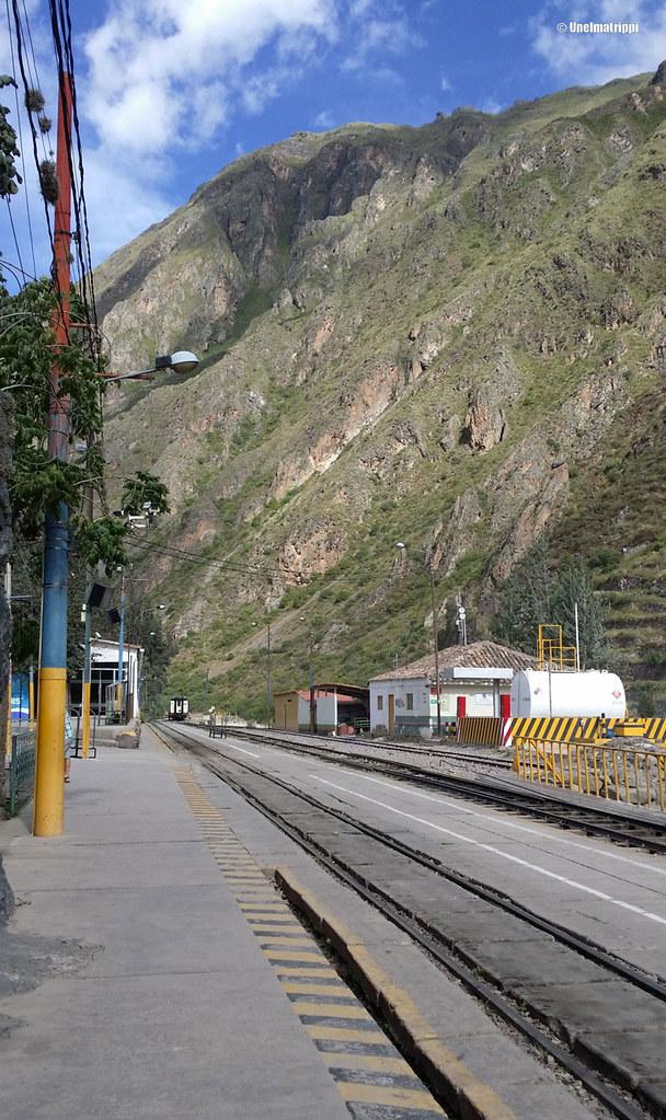 Ollantaytambon juna-asemalla