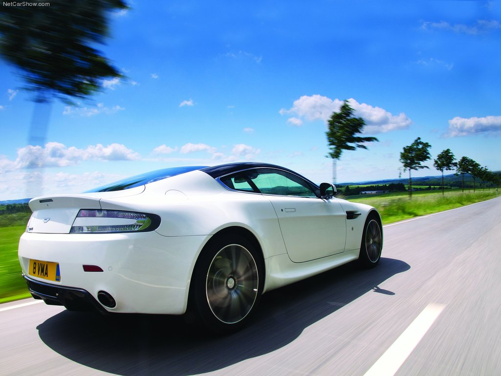 Aston Martin V8 Vantage N420 2011 2 Revistadelmotor Flickr