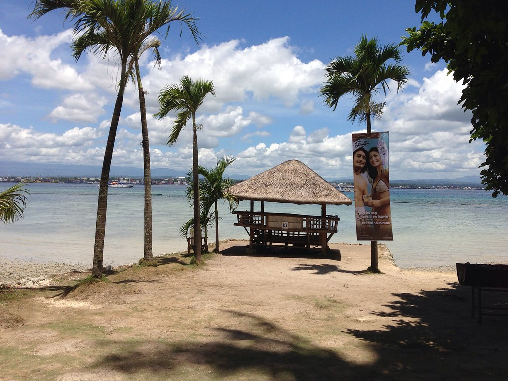 Beach Hut At Sunset Beach Resort Samal Davao Eaglelens