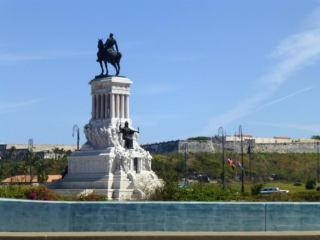 Monumento a Máximo Gómez