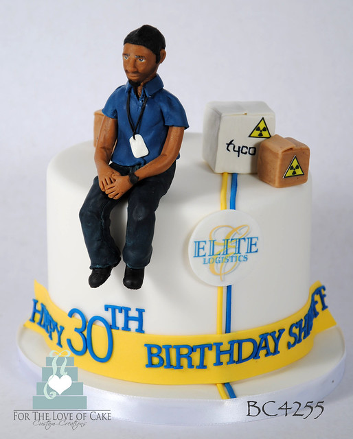 BC4255-30th-birthday-cake-toronto-oakville