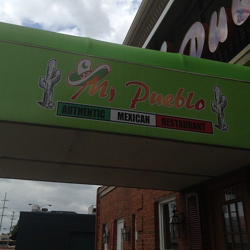 Best Guac I've had in Memphis and they have great service. #boom