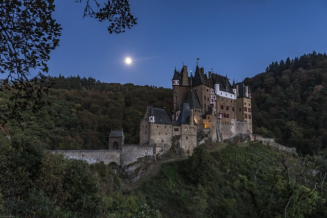 *Burg Eltz @ Blue Hour*
