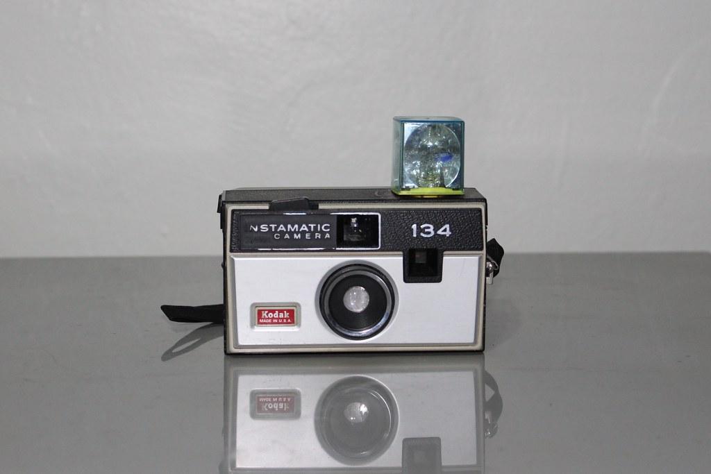 Kodak 134 Instamatic Camera With Flashcube