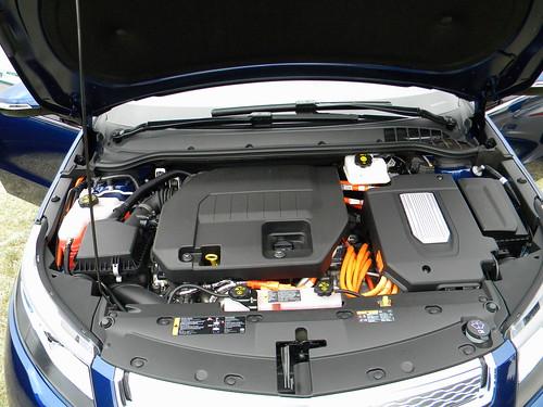 2013 Chevrolet Volt 5 Photo