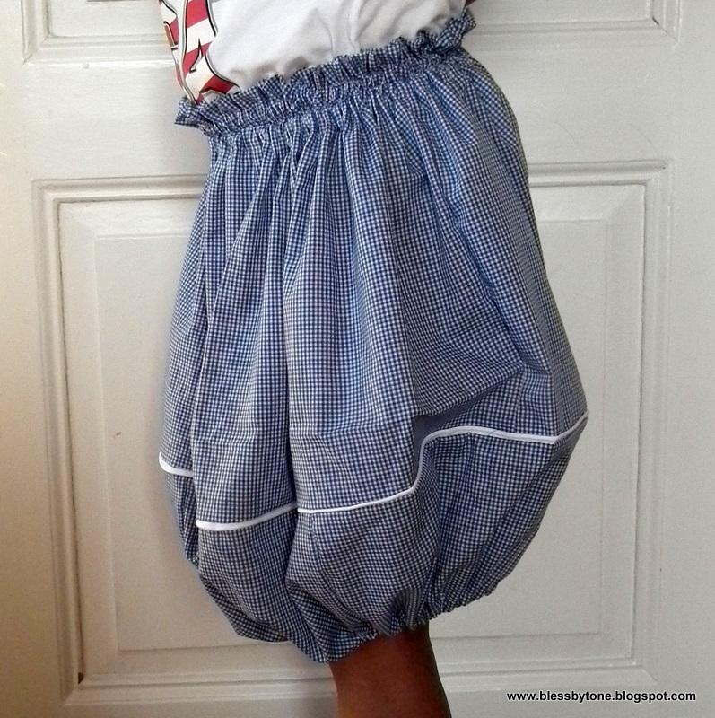バルーン・スカートまたはバブル・スカートの写真例。