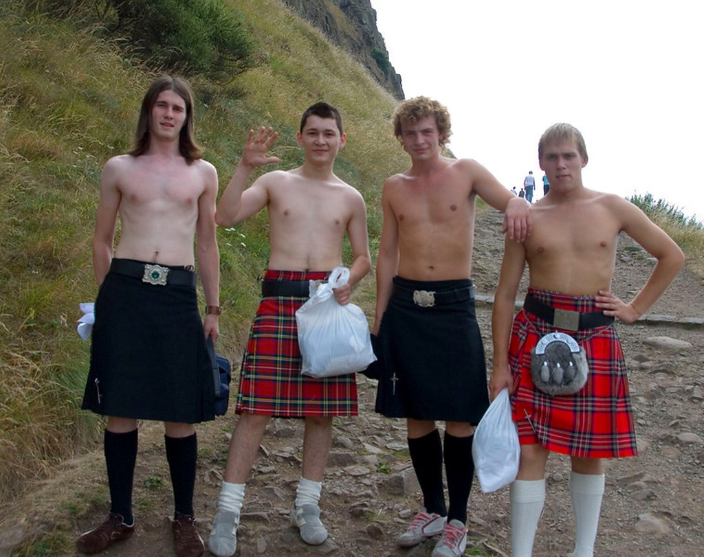 Dioguardi scottish women topless in kilts with