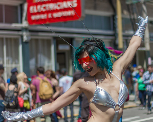 How Weird Street Faire 2013: antennae