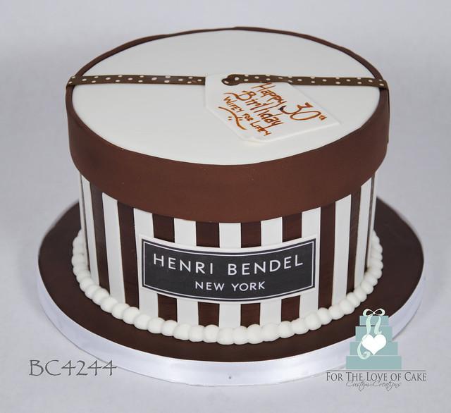 BC4244-henri-bendel-hat-box-cake-toronto-oakville