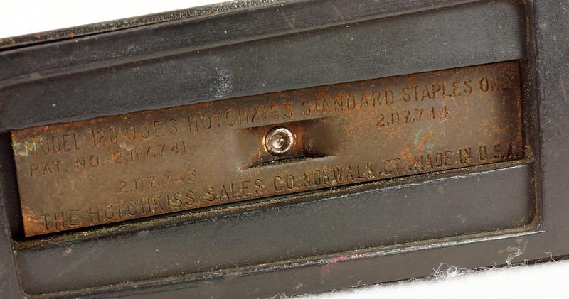 RD11756 Vintage Art Deco Stapler The Hotchkiss Sales Co. Norwalk, CT Model 120 DSC02431
