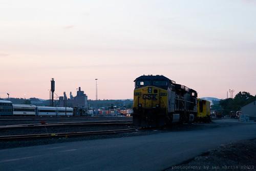 railroad yard massachusetts locomotive ge csx westspringfield es44ac cw44ac ac4400cw bostonline berkshiresubdivision