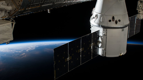 The SpaceX Dragon resupply ship on its 15th Commercial Resupply Services mission | by NASA Johnson