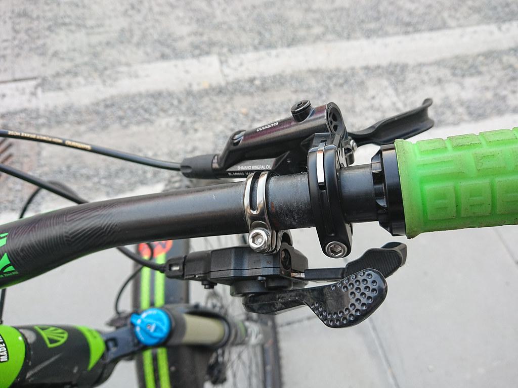 SL-M9000-R & Shimano M6000 brakes_1541edit