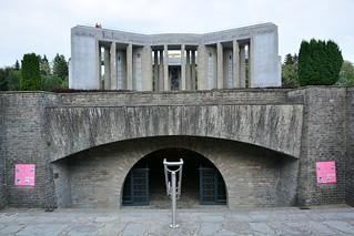 Mardasson Monument (Bastogne, België 2018)   by paularps
