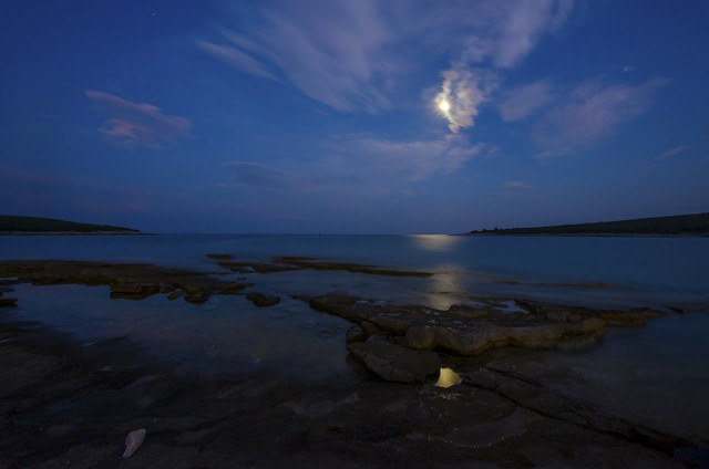 The Moon over the Adriatic...