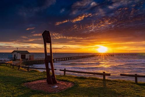 stleonards stleonardspier bellarinepeninsula geelong sunrise sky clouds ocean portphillipbay pier sun flare waves dawn capturingthecoast