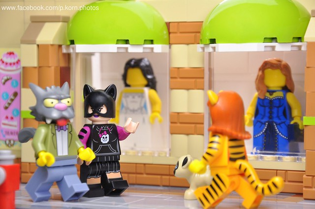 Scratchy and Catwoman love story -