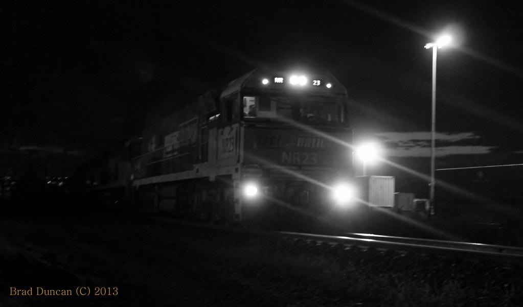 NR23 by Hitachi 300M