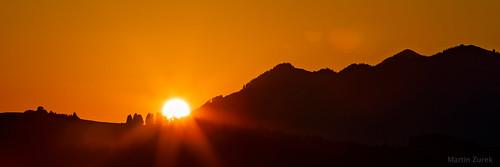 sun sunrise orange red landscape canon 5dsr canon5dsr panorama ray sunray sunrays silhouette mountain hill mountains alps height color light fantastic kranzegg rettenberg allgäu bavaria bayern germany
