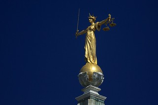 Statue of Justice - The Old Bailey | by Ronnie Macdonald