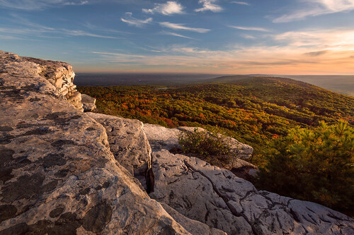 autumn cragsmoorny shawangunkridge valley cliffs bearhillpreserve ulstercounty newyork sunset storm fall clouds hudsonvalley