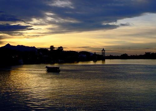 sunset night photography cloudy sarawak malaysia kuching welshphotographer britishphotographer spectaclephotography drewparkerphotography