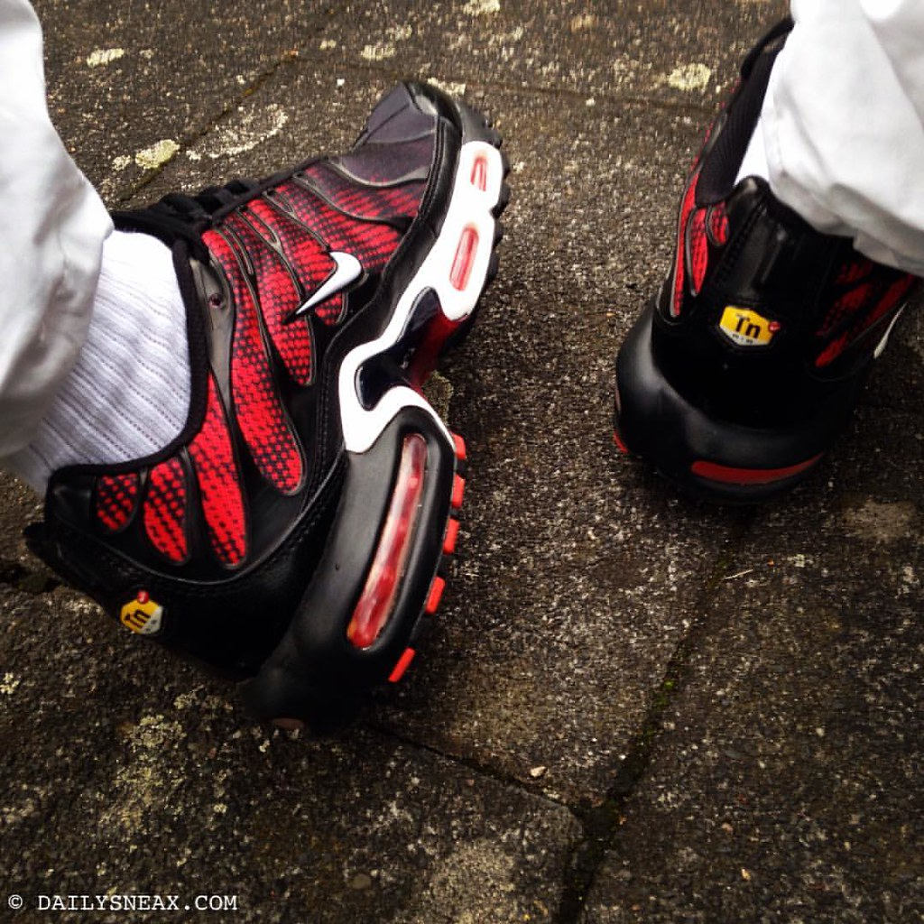 a5e332652b ... Saturday morning in my black red Nike TNs #airmaxplus #nikeairmax # nikeairmaxplus #airmax