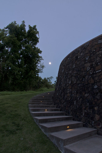 jamesturrell skyspace thewayofcolor moon blue dusk trees outdoors crystalbridges bentonville ar