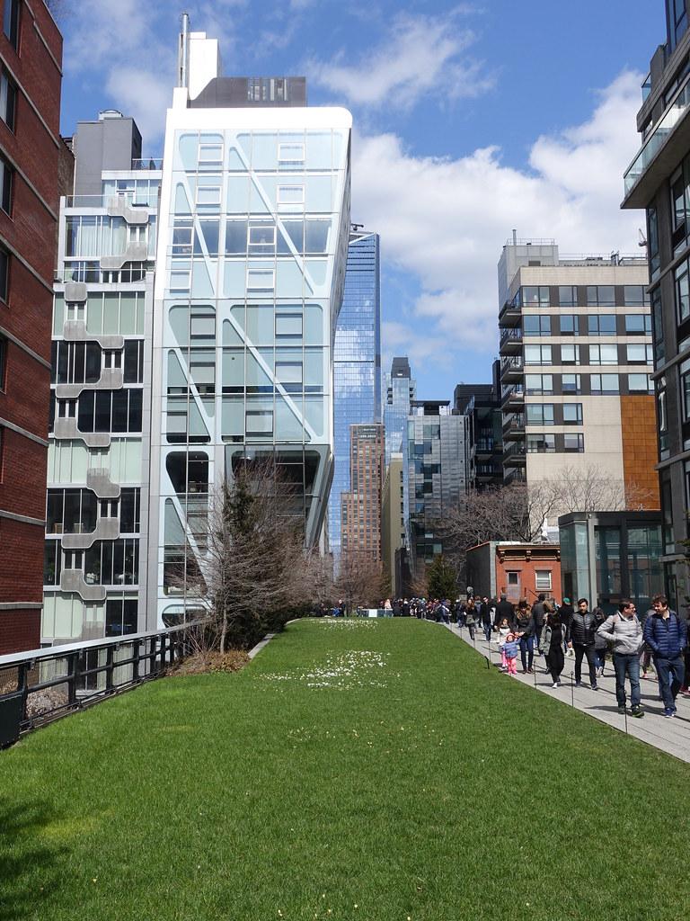201804075 New York City Chelsea High Line