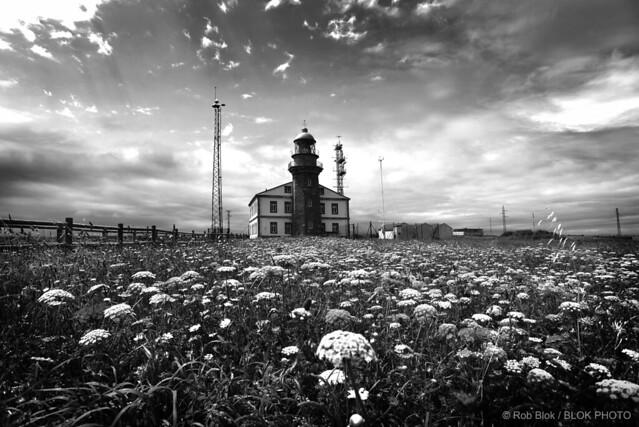 Lighthouse-BP82515bw