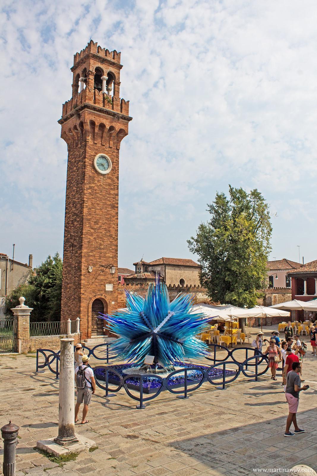 Torre dell'Orologio e Cometa di Vetro in Campo Santo Stefano, Murano