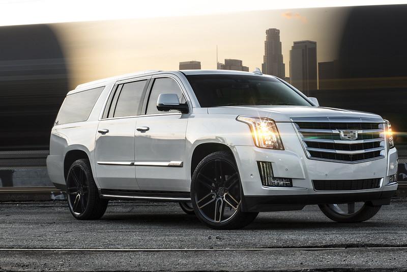 2017 Cadillac Escalade ESV w BD17-6 Gloss Black L (4)