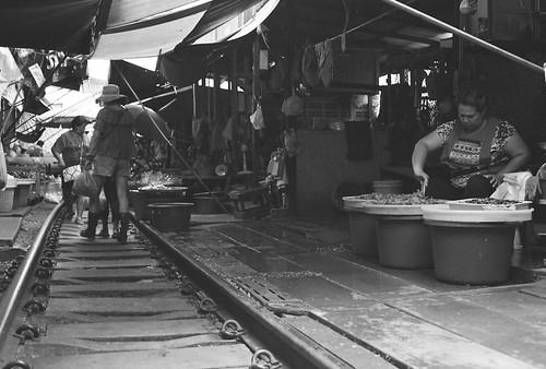 Samut Songkhram, 2018   by dzroeseno