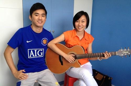 Private guitar lessons Singapore Jenevieve