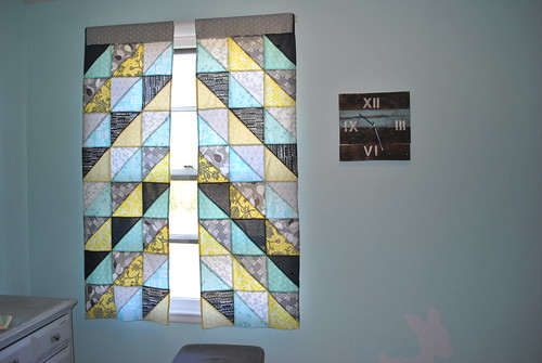Chevron Patchwork Curtains   by Lindsay Sews {@CraftBuds}