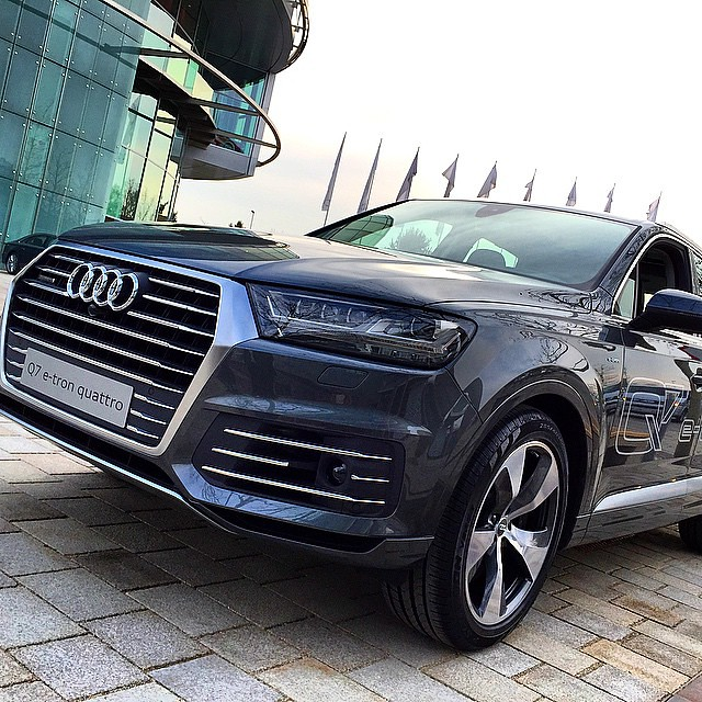 The new AUDI Q7 e-tron #Audi #Q7 #etron #quattro #Forum #I
