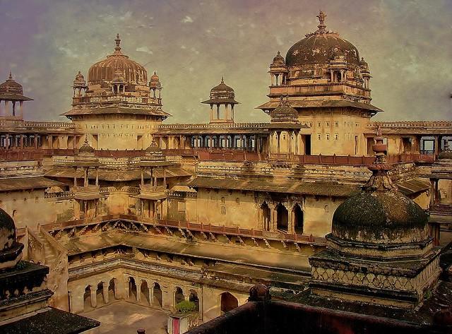 INDIEN, historisches Orchha,  Raja Mahal-Fort und Jahangir Mahal- Palast, 14115/6964