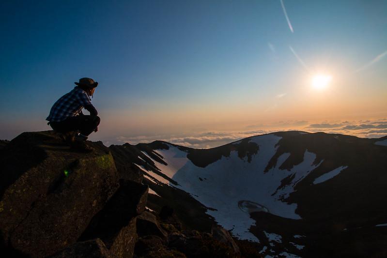 羊蹄山の山頂と夕焼け