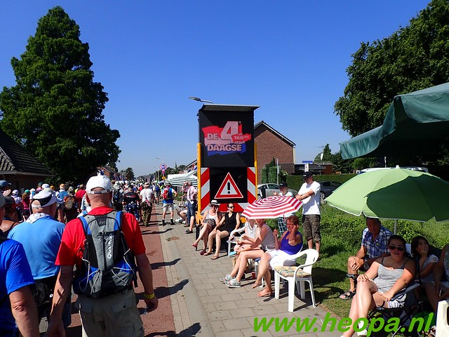 2016-07-19   1e dag Nijmegen    40 Km (81)