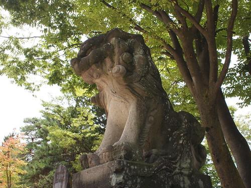 四柱神社のこま犬
