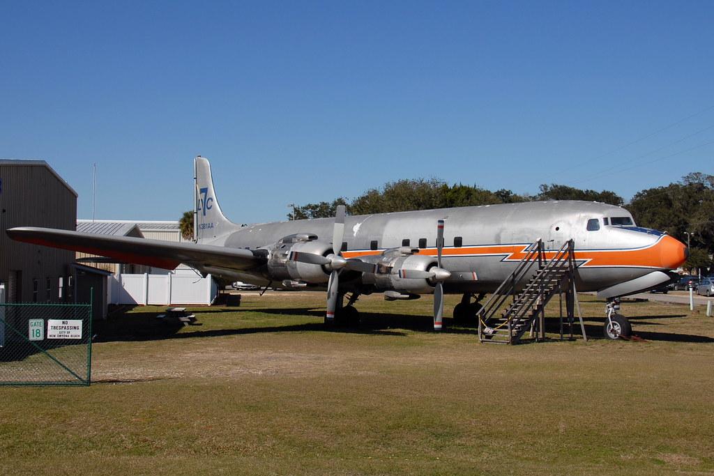 N381AA Douglas DC-7BF