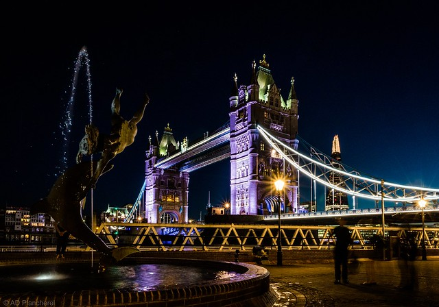 Tower Bridge and the Girl with the Dolphin fountain