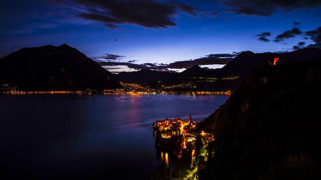 Lago di Como by night - Italia
